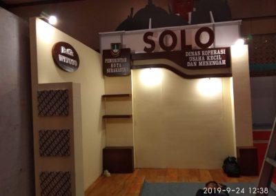 kontraktor booth